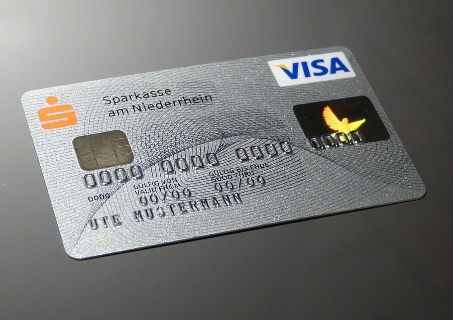 Stop using your credit score cards like free cash